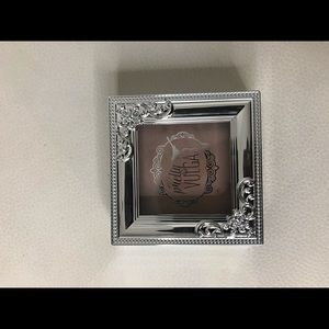 Pretty Vulgar Shimmering Swan Highlighter 6g